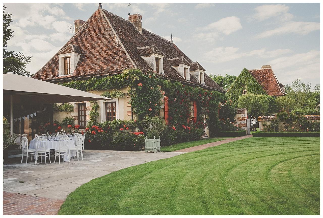 mariage-champetre-et-pastel-au-domaine-de-laborde-en-bourgogne_0046