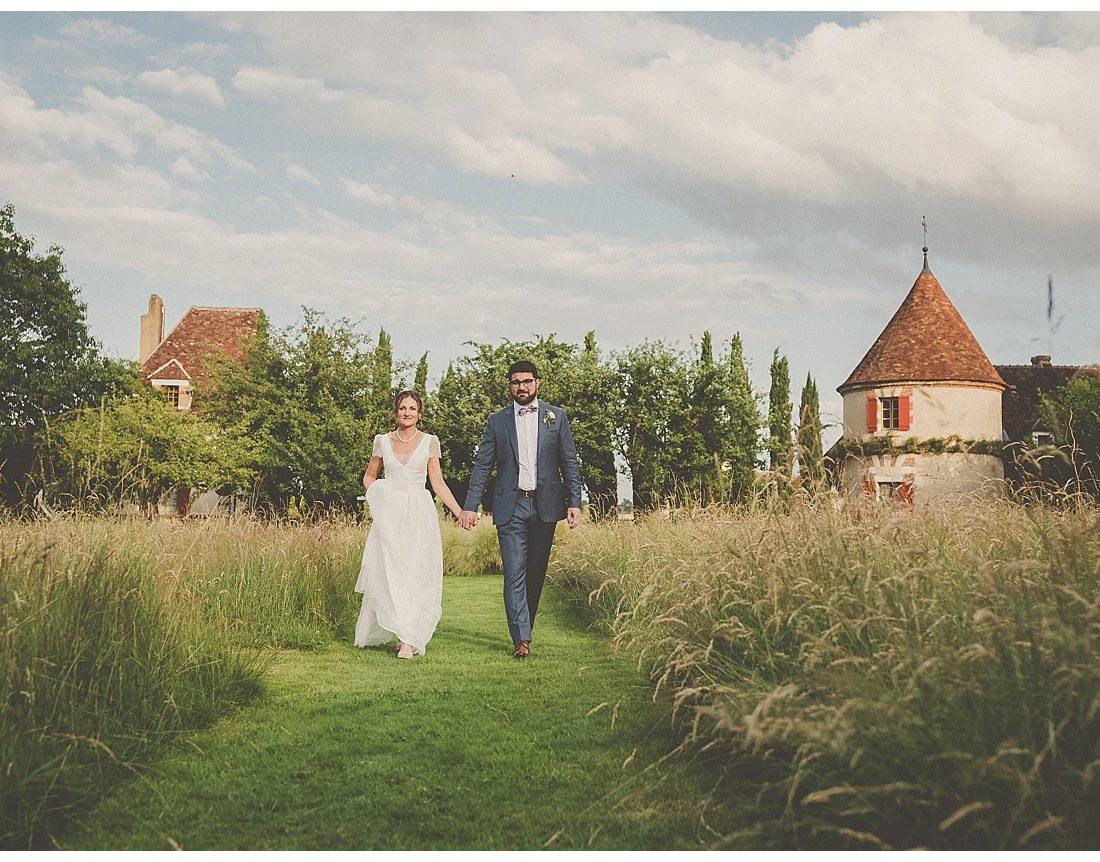Un mariage champêtre et pastel en Bourgogne
